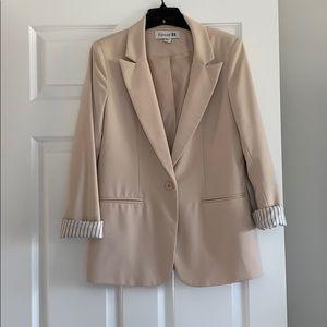Forever 21 beige blazer